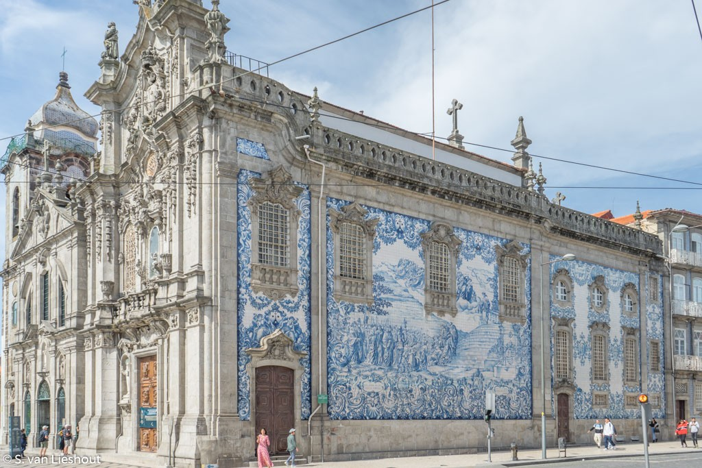 Church Porto azulejos
