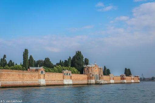 Het kerkhof San Michele in Venetië