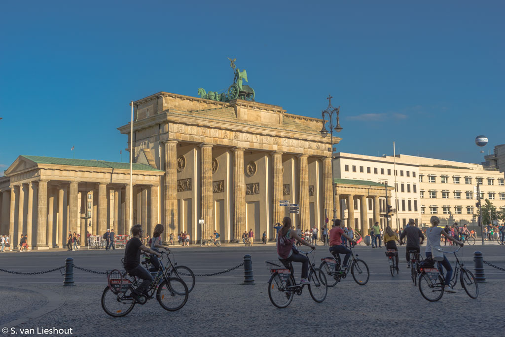 Berlin on bike Brandenburger Tor