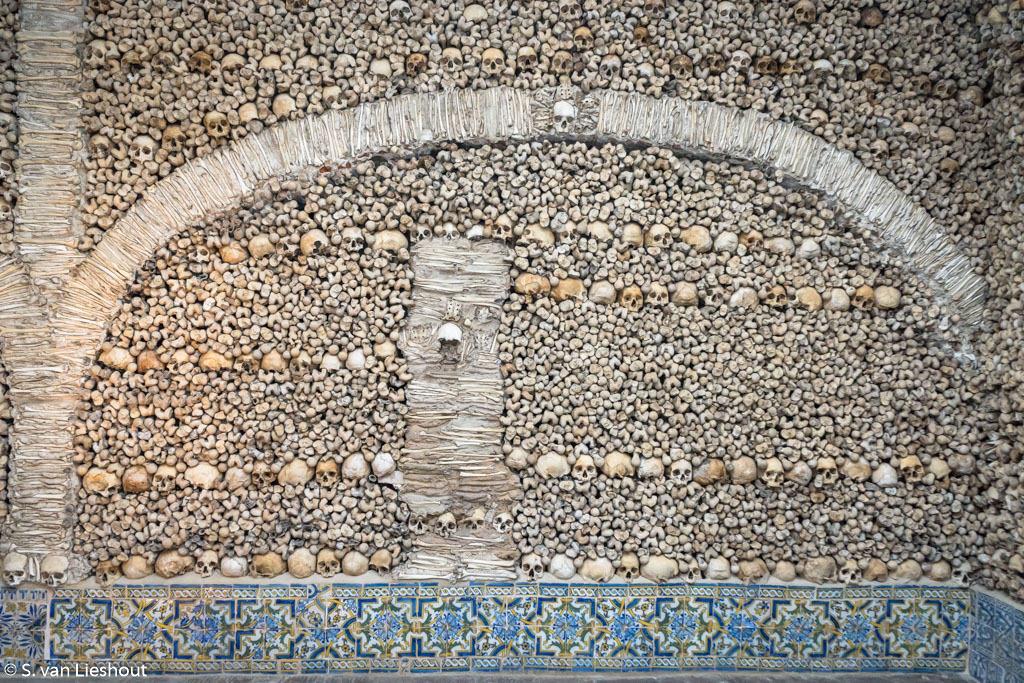 Evora kerk capelo osso-5