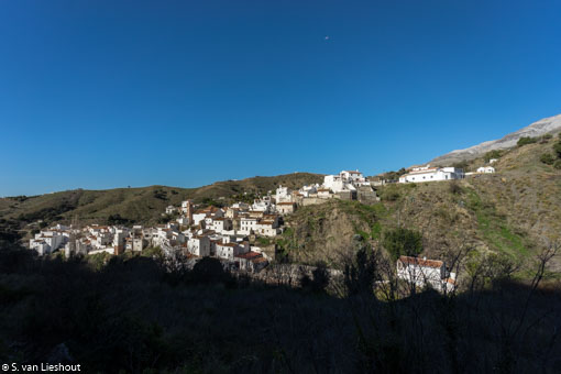 Hiking in the mountains of the Axarquía, in Malaga