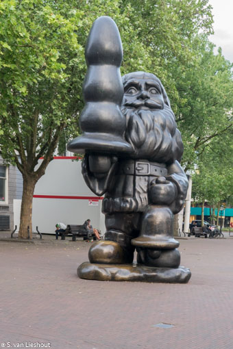 Santa Claus Rotterdam standbeeld