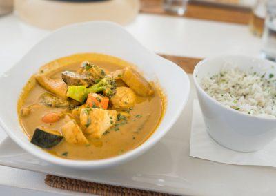 Puro Beach Mallorca curry