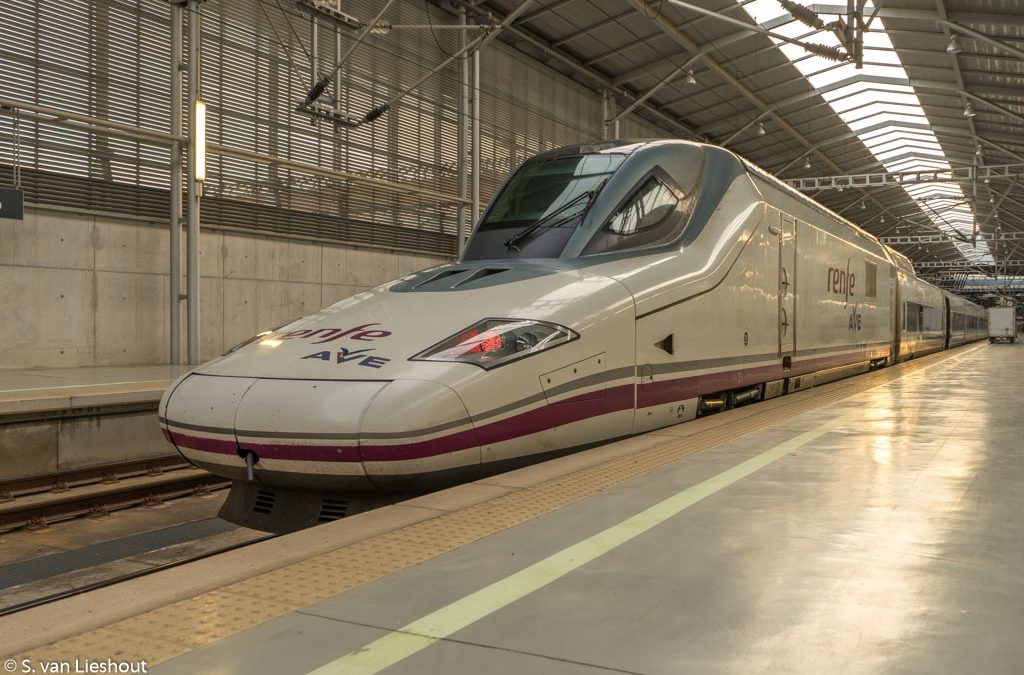 Step by step guide how to get to Madrid airport by train