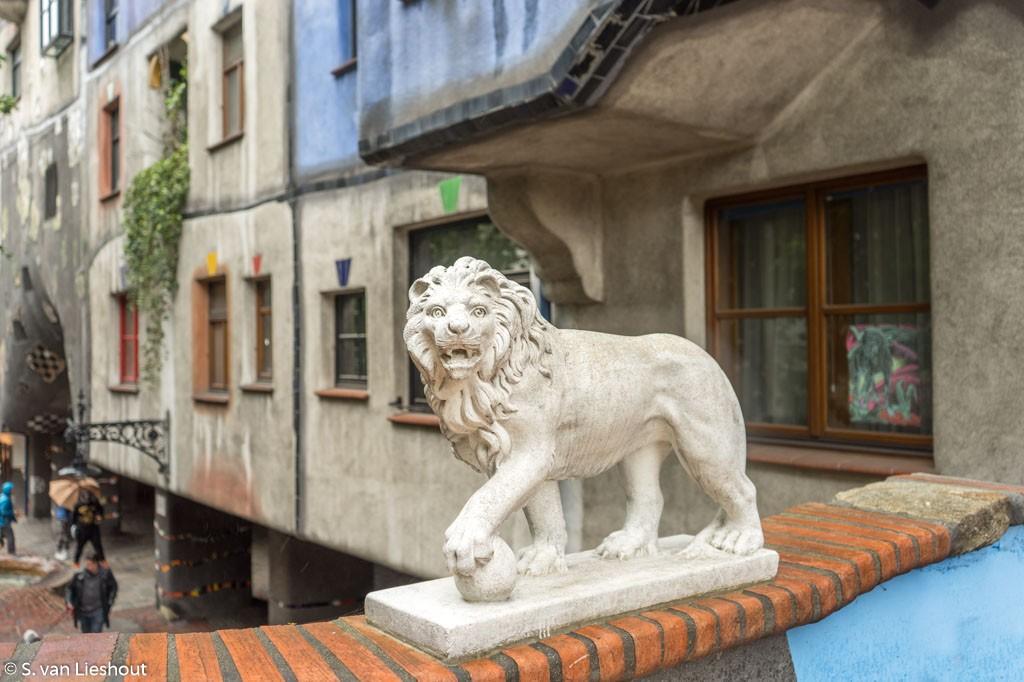 Hochhollerhaus Wenen leeuw