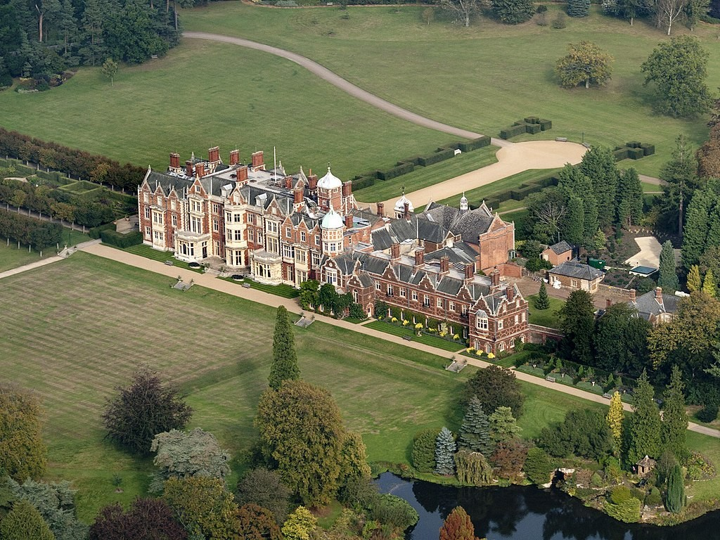 Sandringham_House_from_the_air