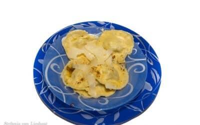 Het ravioli recept met vulling van pompoen, hazelnoten en tijm