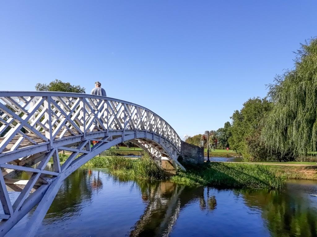Godmanchester Chinese bridge
